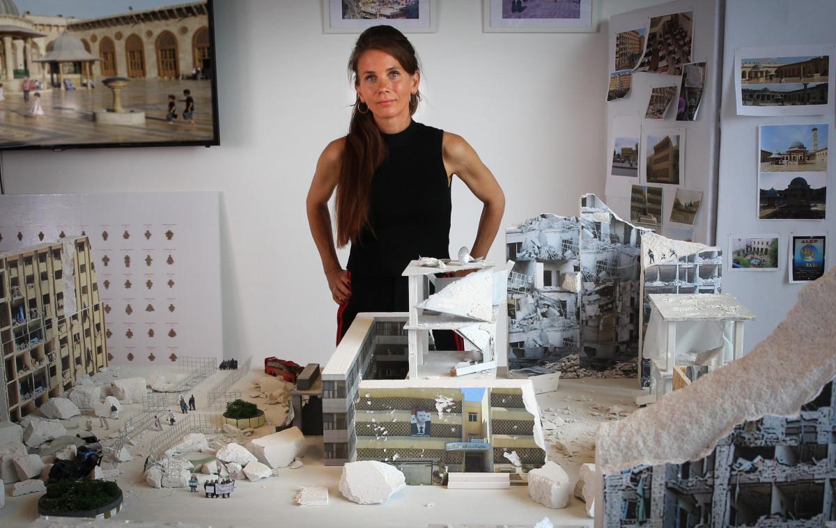 Saskia Stolz - Power of Art House